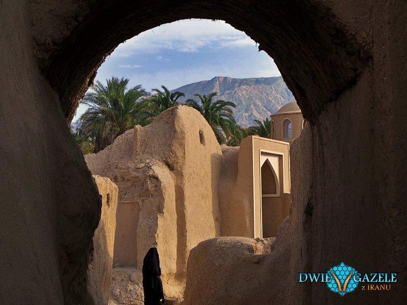 wioska-na-pustyni-iran