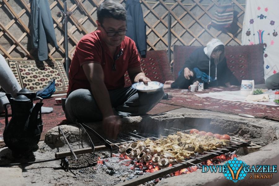 w turkmeńskiej jurcie